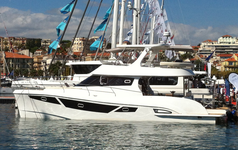 New Power Catamarans for Sale  FlashCat 47