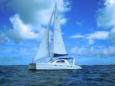Catamarans MRS. B, Manufacturer: ROBERTSON & CAINE, Model Year: 2002, Length: 42ft, Model: Leopard 42, Condition: Used, Listing Status: SOLD, Price: USD 285000