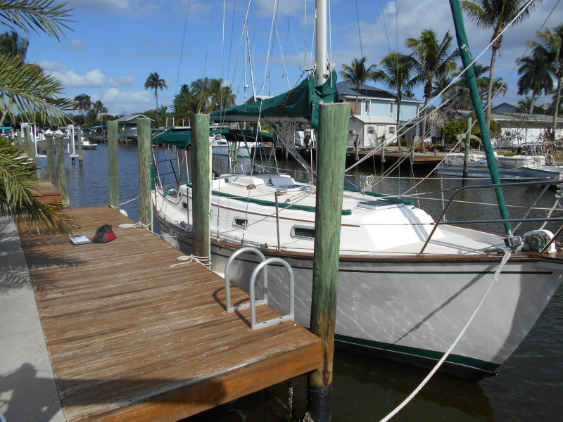 Used Sail Monohull for Sale 1984 Island Packet 31