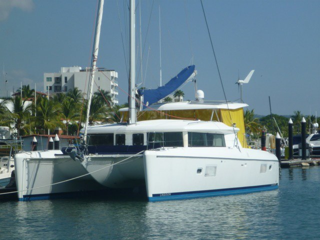 Catamarans WOOFIE, Manufacturer: LAGOON, Model Year: 2007, Length: 42ft, Model: Lagoon 420, Condition: Used, Listing Status: Catamaran for Sale, Price: USD 449000
