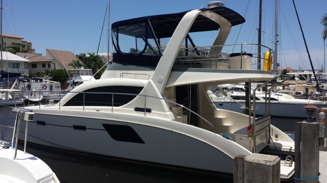 Preowned Power Catamarans for Sale 2013 Aquila 38