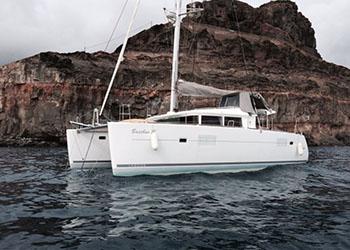 Catamarans BACCHUS II, Manufacturer: LAGOON, Model Year: 2011, Length: 40ft, Model: Lagoon 400, Condition: Used, Listing Status: Catamaran for Sale, Price: GBP 240000