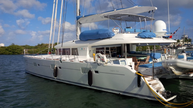 Catamarans WILDBERRY, Manufacturer: LAGOON, Model Year: 2010, Length: 62ft, Model: Lagoon 620 , Condition: Used, Listing Status: Catamaran for Sale, Price: USD 1400000