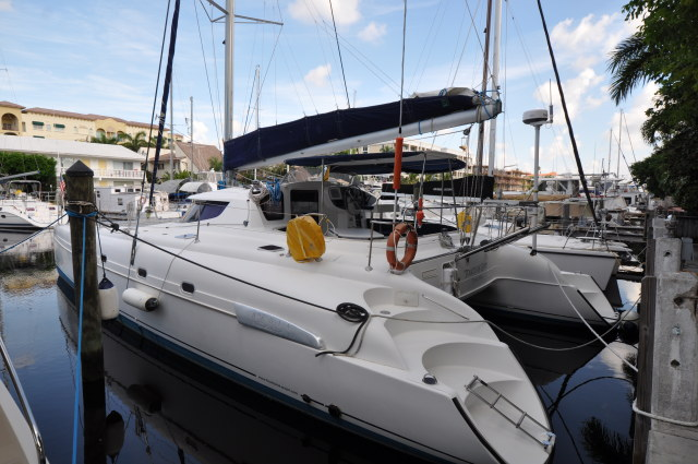 Catamarans TOUCH OF GREY, Manufacturer: FOUNTAINE PAJOT , Model Year: 2006, Length: 46ft, Model: Bahia 46, Condition: USED, Listing Status: Under Contract, Price: USD 289000