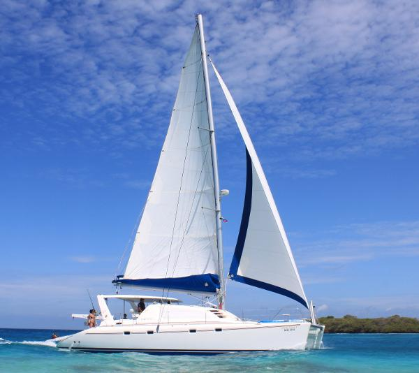 Preowned Sail Catamarans for Sale 2001 Leopard 47