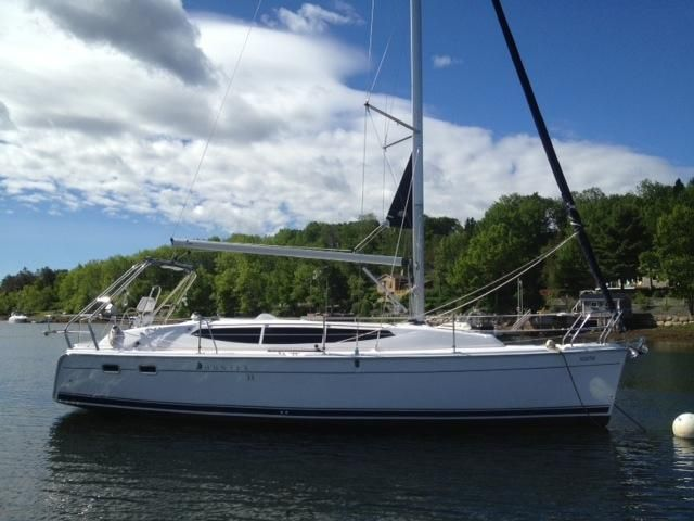 SOLD Hunter 33  in Annapolis Maryland (MD)  HULL 154 Vessel Summary Preowned Sail
