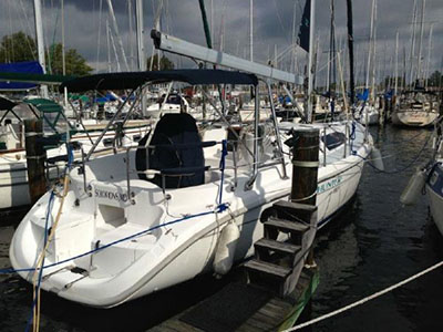 SOLD Hunter 380  in Edgewater Maryland (MD)  SEAQUELL  Preowned Sail