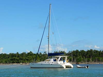 Catamarans HAIRBALL, Manufacturer: ROBERTSON & CAINE, Model Year: 1999, Length: 37ft, Model: Leopard 3800, Condition: Used, Listing Status: SOLD, Price: USD 198000