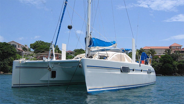 Weekly News - 1999 CATANA 431