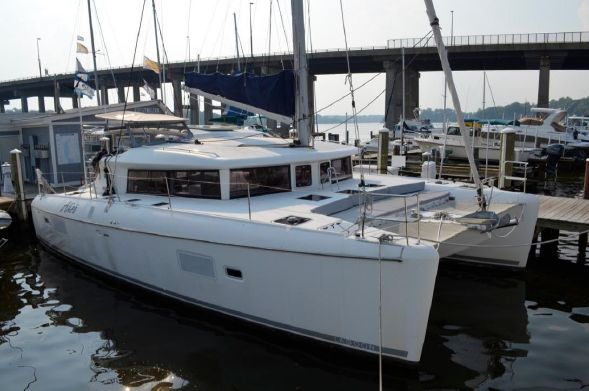Used Sail Catamaran for Sale 2010 Lagoon 421