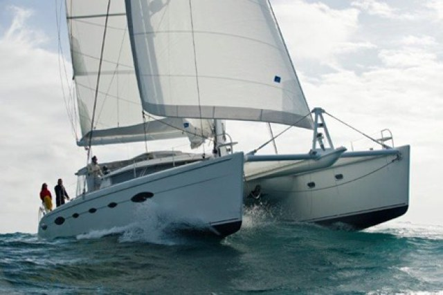 Catamarans WHY NOT, Manufacturer: FOUNTAINE PAJOT , Model Year: 2007, Length: 61ft, Model: Eleuthera 60, Condition: USED, Listing Status: Catamaran for Sale, Price: USD 800000