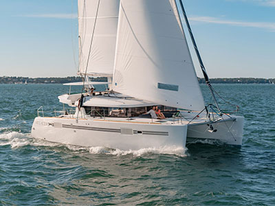 Catamaran for Sale Lagoon 450 S  in Belleville France BROCHURE-LAGOON 450 S  Brochure Sail
