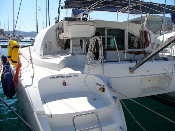 Catamarans Z DANICA, Manufacturer: LAGOON, Model Year: 2003, Length: 38ft, Model: Lagoon 380, Condition: Preowned, Listing Status: Catamaran for Sale, Price: EURO 125000
