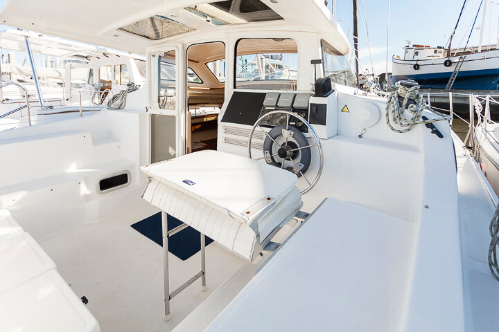 Catamarans PANDORA, Manufacturer: PERFORMANCE CRUISING, Model Year: 2010, Length: 34ft, Model: Gemini 105Mc, Condition: USED, Listing Status: Catamaran for Sale, Price: USD 136000