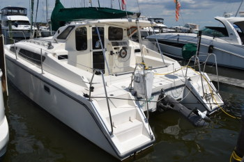 Catamarans IRISH AYE AYES, Manufacturer: PERFORMANCE CRUISING, Model Year: 1997, Length: 33ft, Model: Gemini 105M, Condition: Preowned, Listing Status: Under Offer, Price: USD 74500