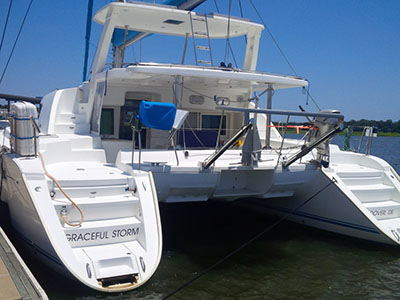 Catamarans GRACEFUL STORM, Manufacturer: LAGOON, Model Year: 2006, Length: 44ft, Model: Lagoon 440, Condition: Used, Listing Status: Catamaran for Sale, Price: USD 435000