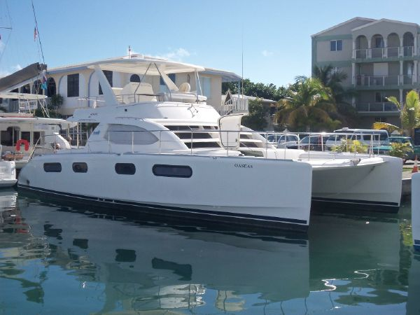 Preowned Power Catamarans for Sale 2007 Leopard 47