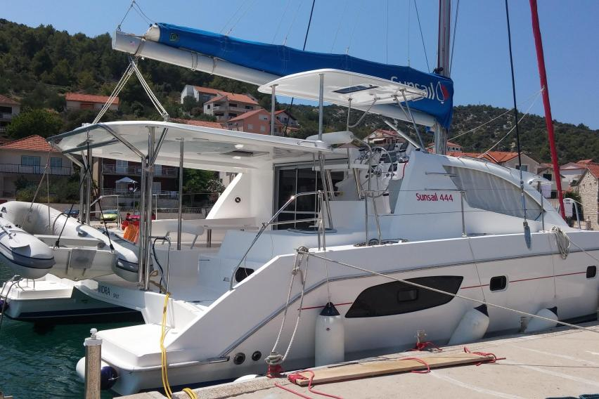 Preowned Sail Catamarans for Sale 2011 Leopard 44
