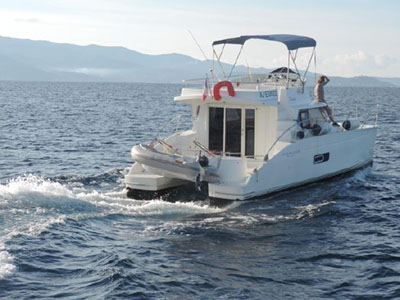 Used Power Catamaran for Sale 2009 Highland 35