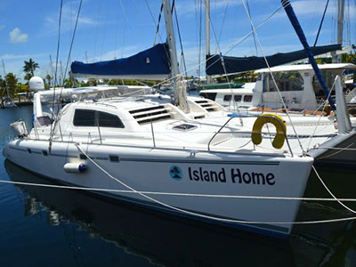 Used Power Catamarans for Sale 2003 Leopard 47