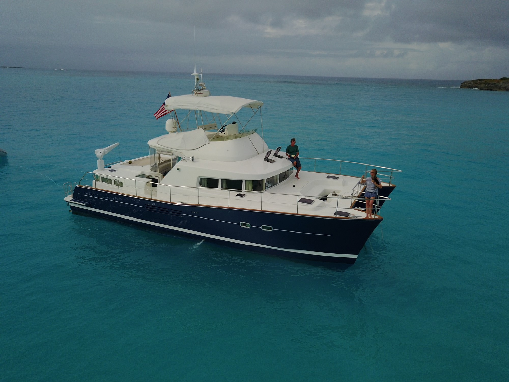 Catamarans BLUEMOON, Manufacturer: LAGOON, Model Year: 2003, Length: 43ft, Model: Lagoon 43 Power , Condition: Used, Listing Status: Catamaran for Sale, Price: USD 310000