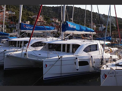 Catamarans DOUBLE WHITE, Manufacturer: ROBERTSON & CAINE, Model Year: 2011, Length: 42ft, Model: Leopard 44, Condition: Preowned, Listing Status: Catamaran for Sale, Price: USD 335089