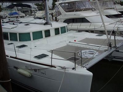 Catamaran for Sale Lagoon 440  in Fort Lauderdale Florida (FL)  BLACK PEARL  Preowned Sail