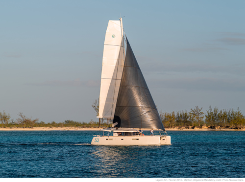 Catamarans HULL 112, Manufacturer: LAGOON, Model Year: 2017, Length: 52ft, Model: Lagoon 52 F, Condition: New, Listing Status: Catamaran for Sale, Price: USD 1217554