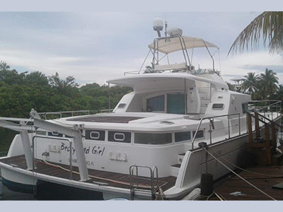 Used Power Catamarans for Sale 2004 Lagoon 43