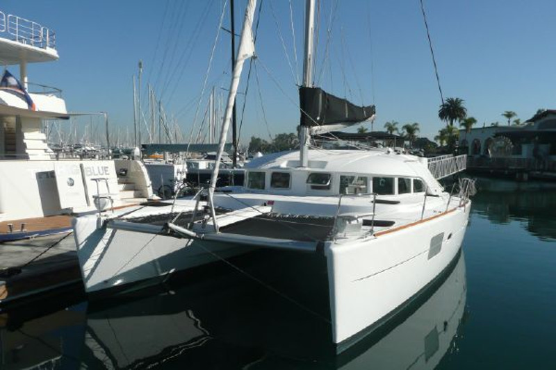 Catamaran for Sale Lagoon 380 S2  in Emeryville California (CA)  CATS MEOW Vessel Summary Preowned Sail
