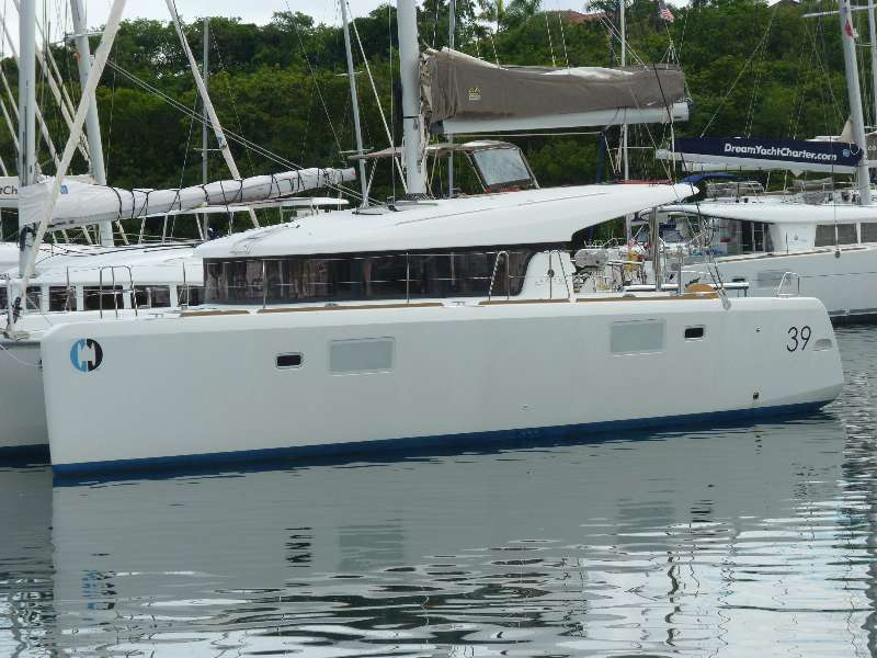 Catamarans RHYTHMIC SEA, Manufacturer: LAGOON, Model Year: 2014, Length: 39ft, Model: Lagoon 39, Condition: Used, Status: Under Contract, Price: USD 365000