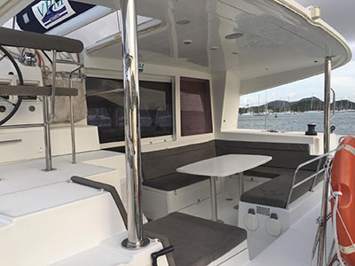 Catamarans LAGOON 400 @ MARTINIQUE, Manufacturer: LAGOON, Model Year: 2010, Length: 40ft, Model: Lagoon 400, Condition: Preowned, Listing Status: Coming Soon, Price: EURO 200000