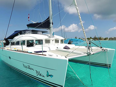 Catamarans PAPILLON BLEU, Manufacturer: LAGOON, Model Year: 2004, Length: 37ft, Model: Lagoon 380, Condition: Used, Status: New Central Listing in QUEUE, Price: USD 210000