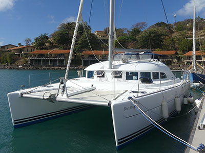 Catamarans BLUE MOON OF AMBLE, Manufacturer: LAGOON, Model Year: 2004, Length: 38ft, Model: Lagoon 380, Condition: Used, Status: Catamaran for Sale, Price: USD 224000