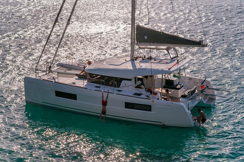 View Latest Images of NEW LAGOON 40 - On Display During Miami Boat Show Feb 15, 2018