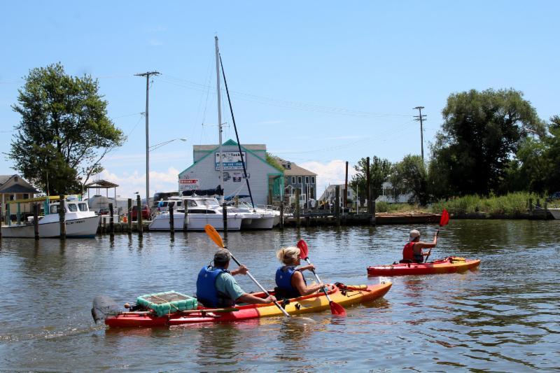 Breezy Point Resort Marina on Chesapeake Beach | Slips & Storage | Boat Ramps | Cottage Rentals