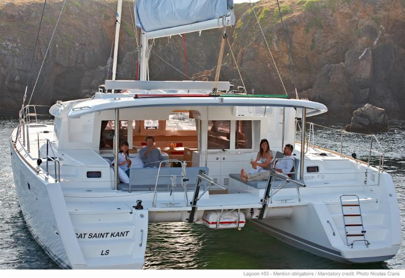 Book a Cabin Stateroom for TWO aboard Lagoon 450 in BVI - Al