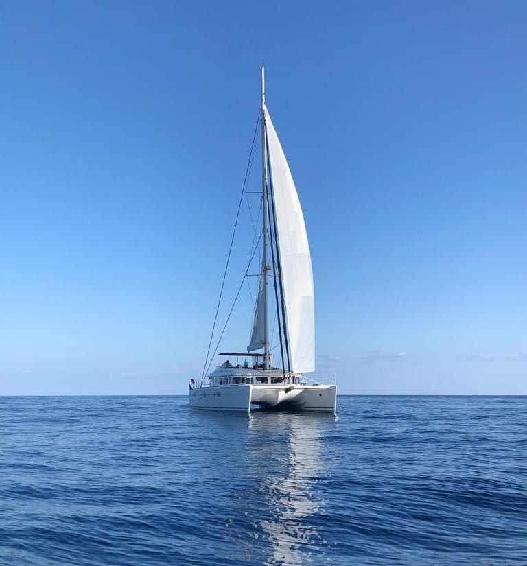 Lagoon 620's' For Sale: Featuring LADY PARADISE