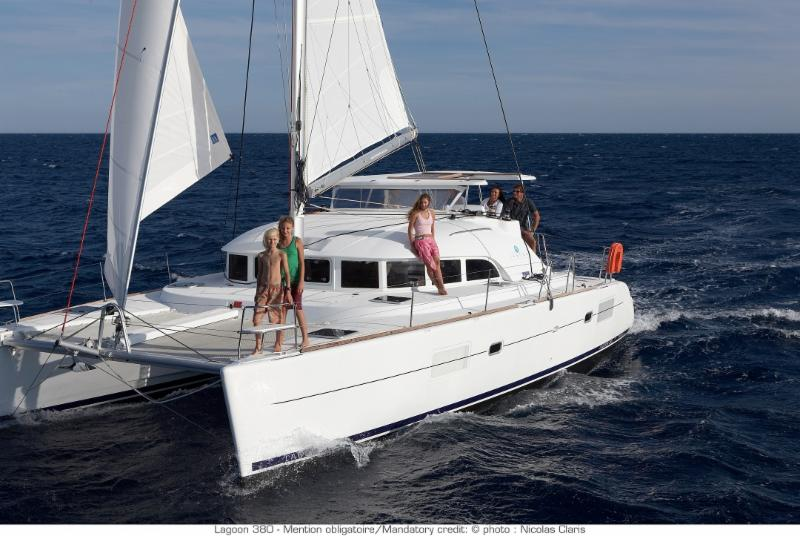 2018 Lagoon 380 'Maria' For Sale in Ft.Lauderdale - Very Good Charter Business Opportunity