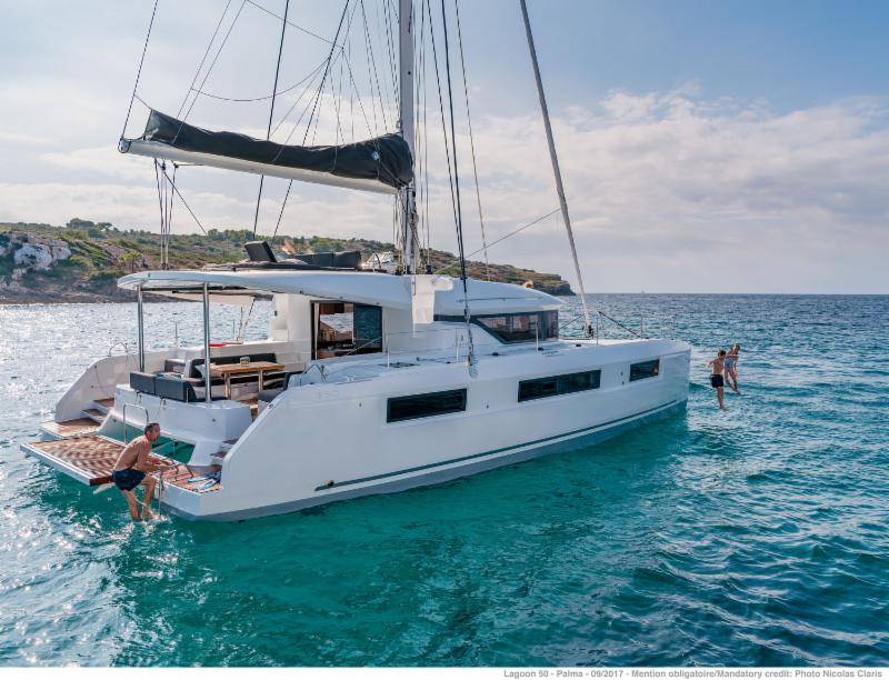 15% Early Bird Discount aboard New Lagoon 50.Accommodates 13 guests.