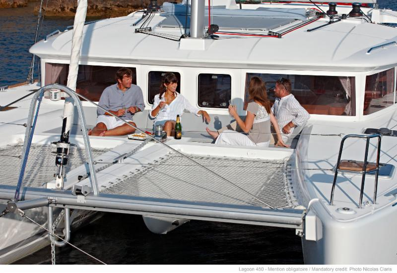 Free Skipper for 6 nights aboard Lagoon 450 F in Tortola, BVI