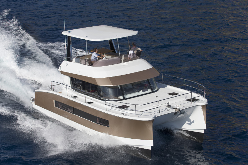 Fountaine Pajot: MOTOR YACHT  37 - Charter Business Opportunity