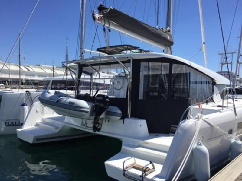 2017 Lagoon 42 For Sale. Located in Martinique. Asking $545,
